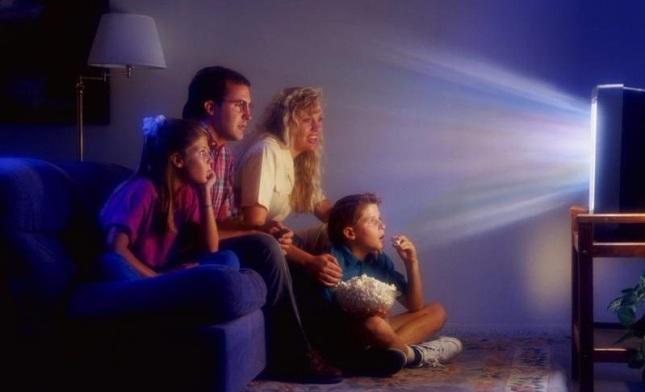 Чем заменить телевизор в семье